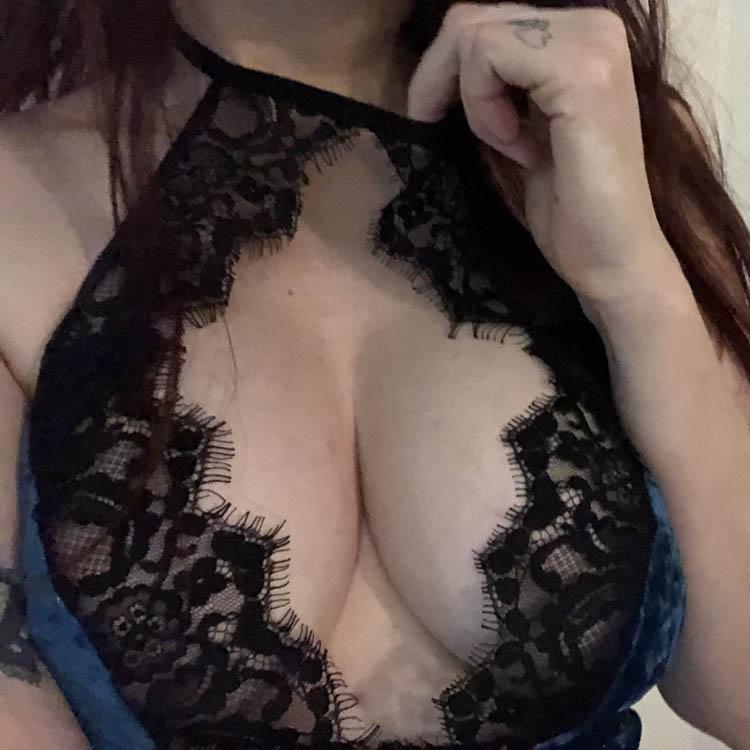 Dit is een afbeelding van leg avenue teddy lingerie nekbandje