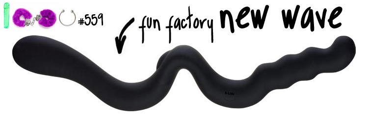 Dit is een afbeelding van fun factory new wave dubbele dildo
