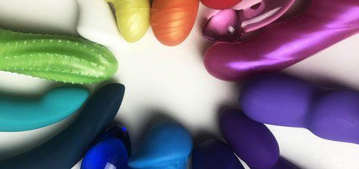 Dit is een afbeelding van regenboog dildo cirkel goede dildo's