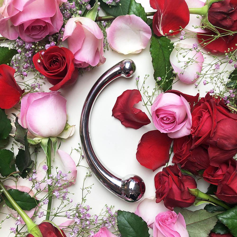 Dit is een afbeelding van njoy pure wand valentijns cadeau dildo